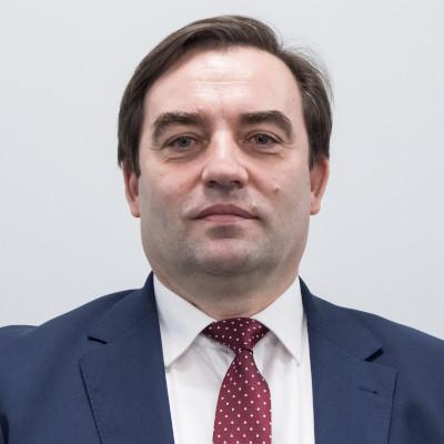 Zdjecie przedstawia Piotra Kusiakiewicza